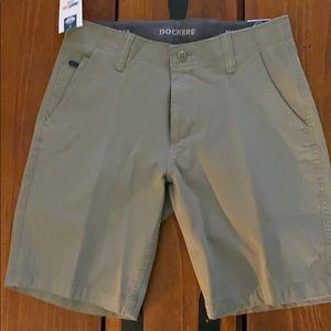 Men's Dockers Shorts. NWT